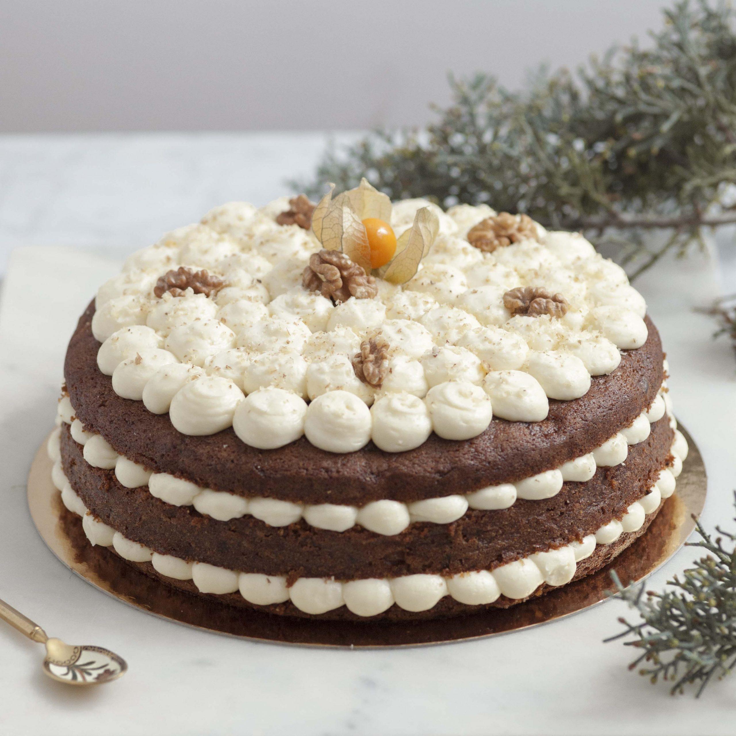 <b>Carrot cake </b> <br>con frosting de queso