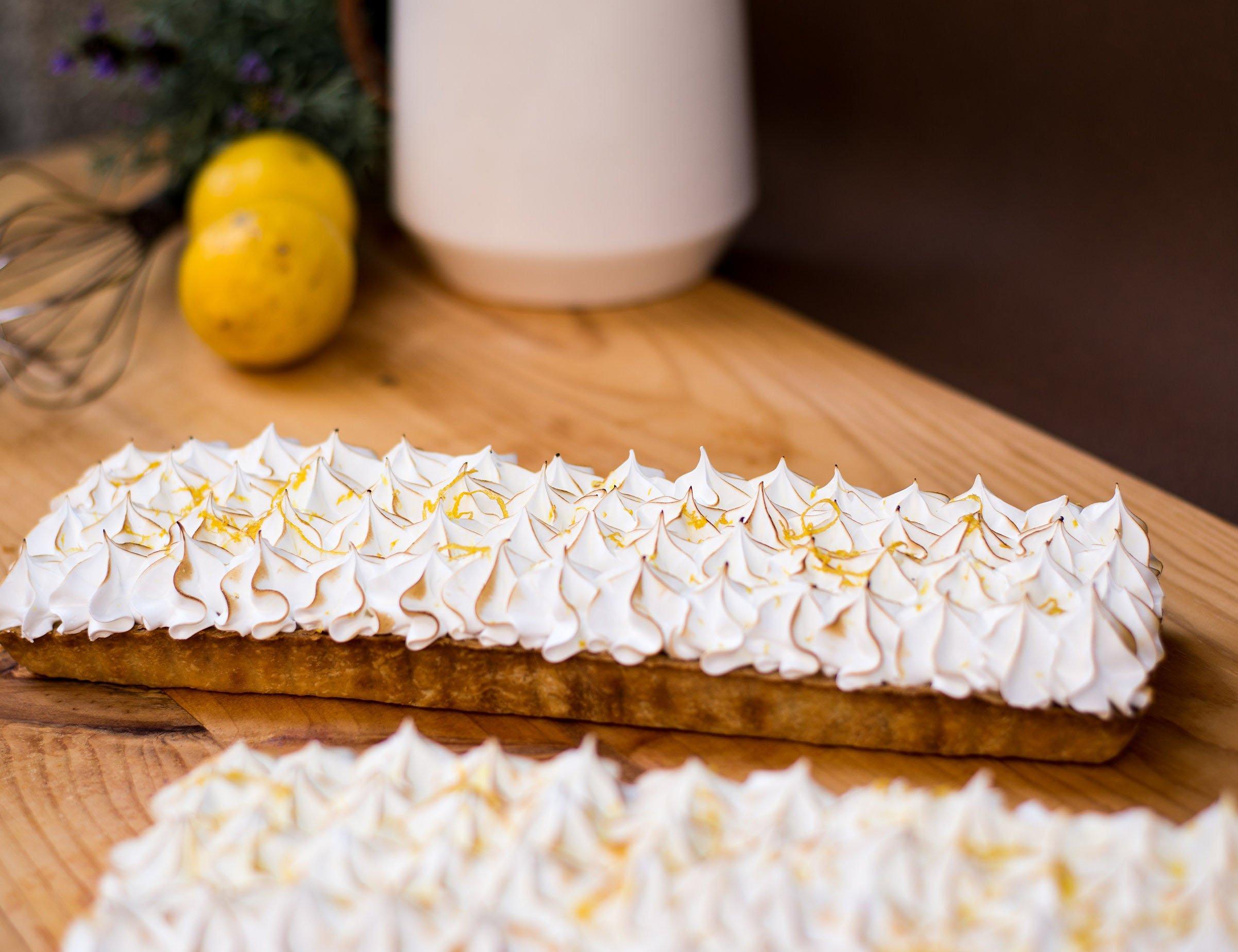 <b>Tartaleta de limón </b> <br>con merengue