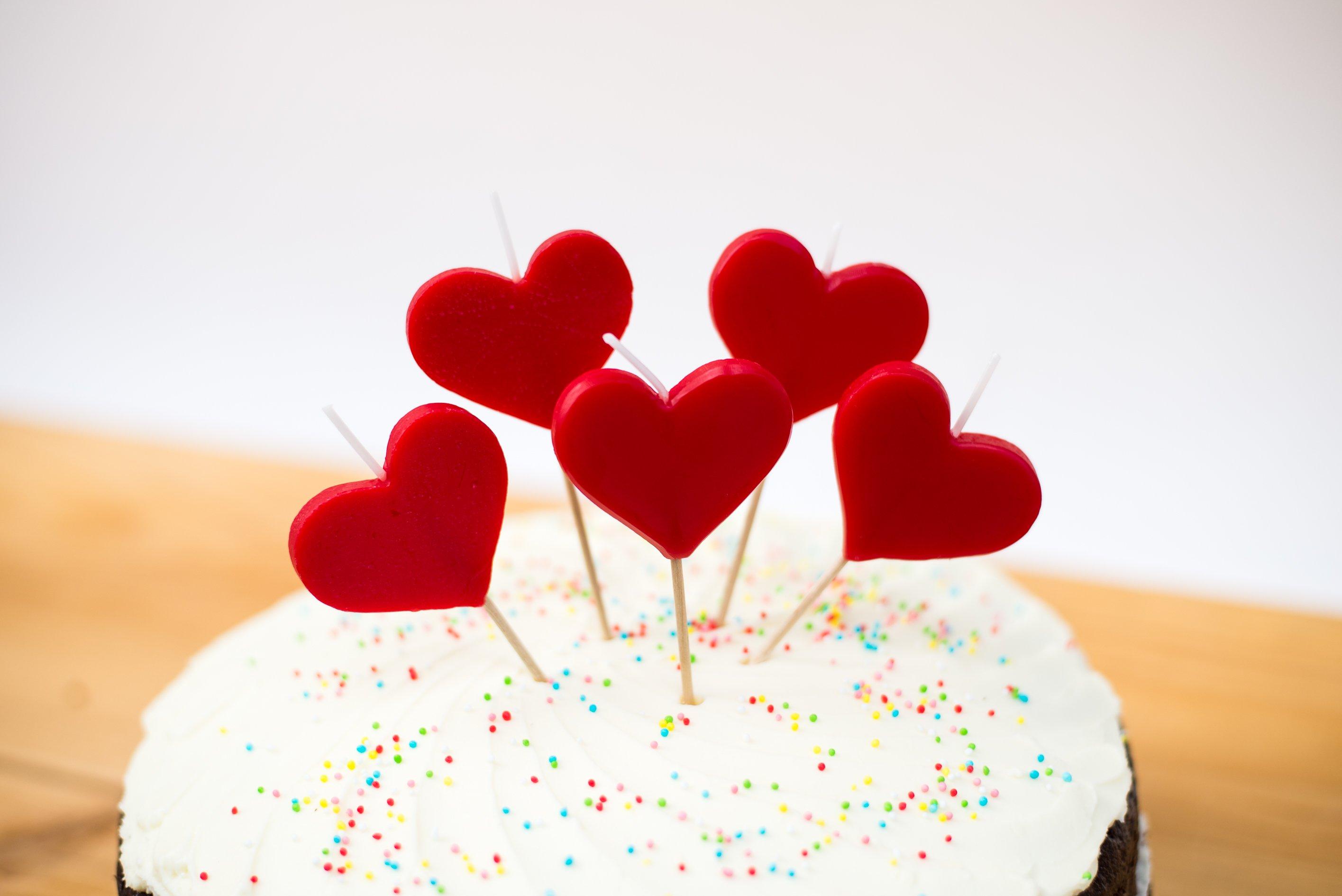 <b>Velas de corazón</b> <br>el complemento perfecto