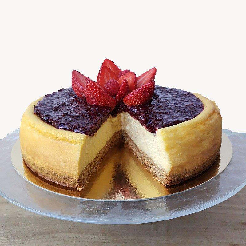 <b>Tarta de queso </b> <br>con frutos rojos