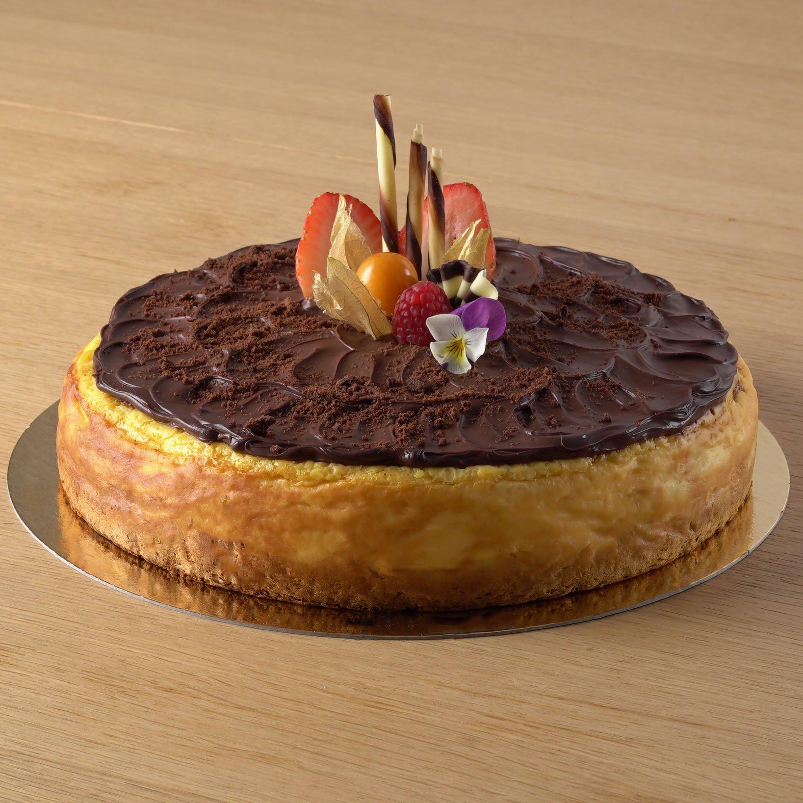 <b>Tarta de queso </b> <br>con chocolate negro