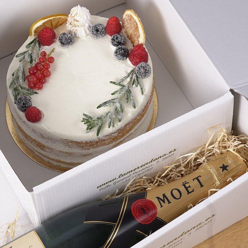 <b>Celebramos con tarta de Navidad y Moet Chandon</b><br>