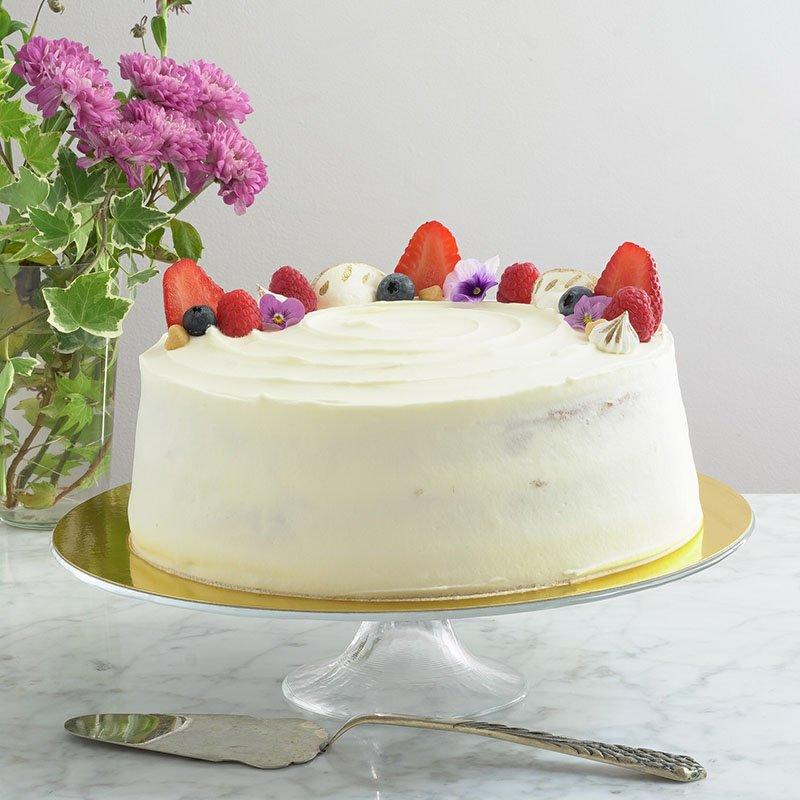 <b>Tarta Primavera</b> <br>con dulce de leche y frutos rojos